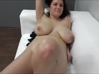 amateur Karolina On Casting blowjob