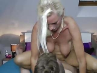 mature Milf fucks a realy young boy milf