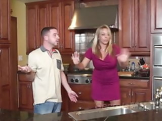 blonde Bad Mommie Amber Bach Gets.. hardcore